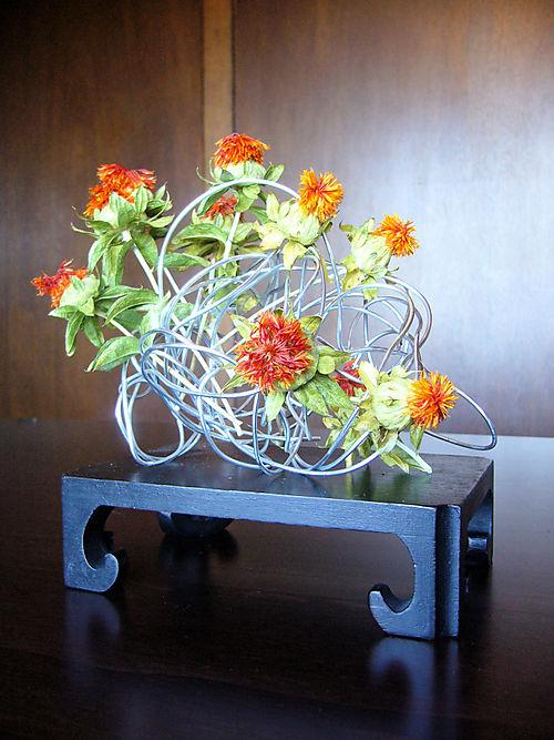 Wired_driedflowers