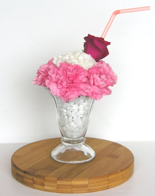 1 white carnation; 1 red rose; bendable straw