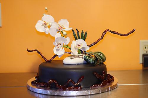 Ikebana cake topper_cakes.anniesartbook.com