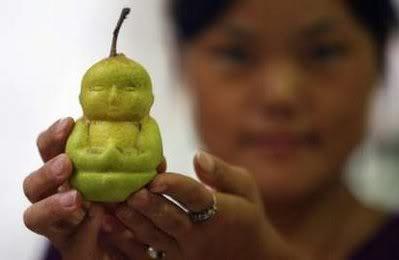 Buddha shaped pears1