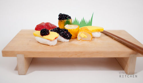 Mochi and fruit sushi