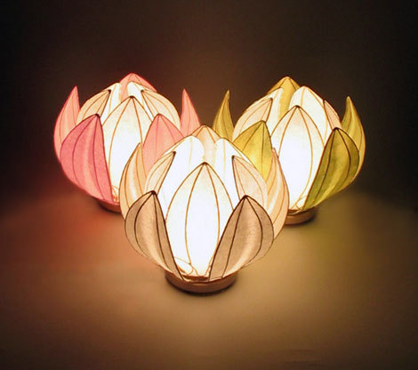 lotushaus hana kazari } flower lantern, Beautiful flower
