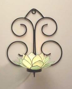 Lotuscapizsconce